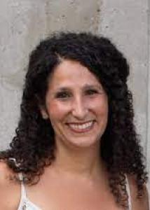 Sheftel with long dark curly hair